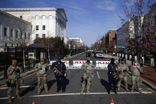 ببینید | استقرار نیروهای گارد ملی آمریکا در مقابل مجلس ایالتی میشیگان