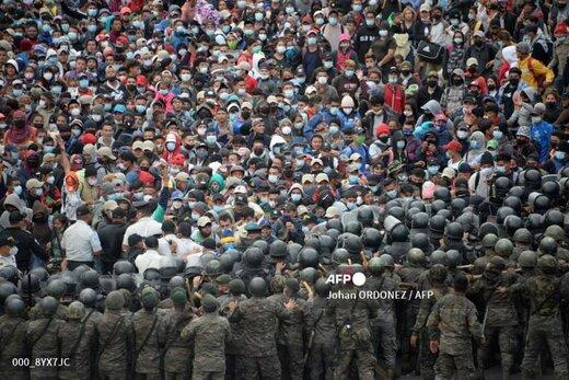 درگیری شدید پلیس گواتمالا با کاروانی از مهاجران آمریکای جنوبی
