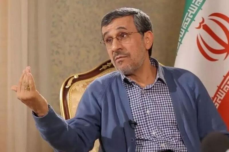احمدینژاد: از هیچ کسی نمی ترسم /وقت انتخابات مطالبی دارم که می گویم /مشکلات تاریخ از زمان حضرت آدم تا الان به یارانه ربط دارد؟