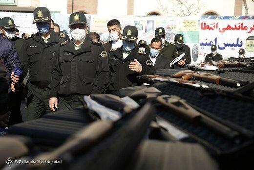 بازدید سردار اشتری از دستاوردهای پلیس