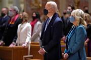 ببینید |  تصاویری از جوبایدن در کلیسای سنت متیو در واشنگتن