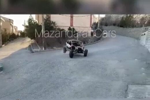 ببینید   اقدام عجیب راننده هنگام چپ کردن با خودروی آفرود در تهران