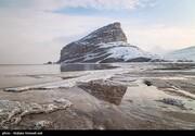 دریاچه ارومیه ۱۴۲۳ کیلومتر مربع آب رفت/ کاهش ۶۱ سانتیمتری عمق آب