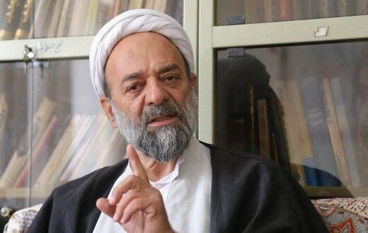 انتقاد روحانیون از توهین به رئیس جمهور در تلویزیون /مراقب باشیم عده ای با لباس روحانی، دستاوردهای انقلاب را به فنا ندهند/فقط بدزبانی شخصی نبود