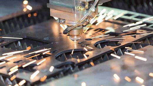 لیزر صنعتی و کاربرد آن در دنیای امروز