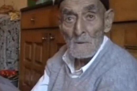 ببینید   شگفتی جهان در ایران؛ پیرمرد ۱۴۰ ساله مازندرانی با ۱۵۰ نواده!