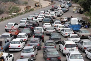 بیتوجهی مردم به ممنوعیت سفر در تعطیلات عید فطر؛ جادهها شلوغ است