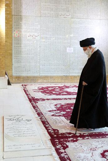 حضور در مرقد مطهر امام خمینی(ره) و گلزار شهیدان