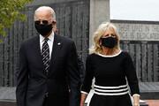 ببینید | ادای احترام «جو بایدن» و همسرش به پلیس وظیفهشناس کنگره