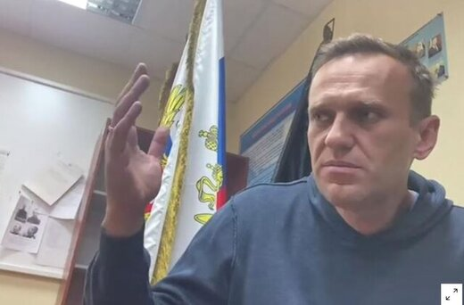 ناوالنی علیه سخنگوی پوتین شکایت کرد