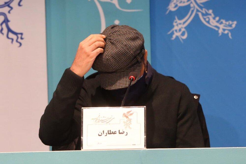 رضا عطاران، سر در گریبان و غمگین   تصاویر