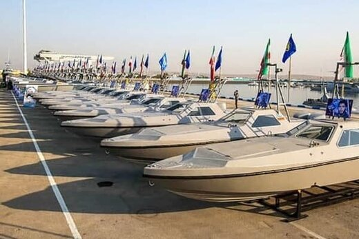 الحاق٣۴٠ شناور به نیروی دریایی سپاه در بندرعباس