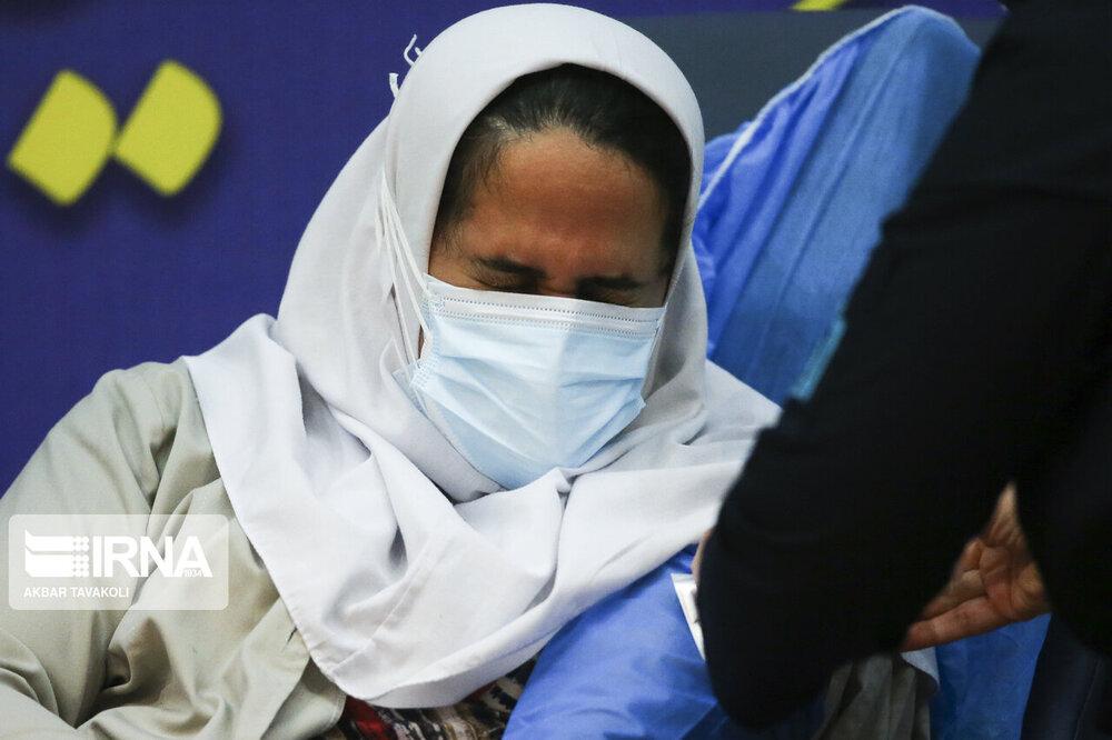 این عکسهای امیدبخش را ببینید/ آغاز مرحله نخست واکسیناسیون سراسری ویروس «کووید۱۹»