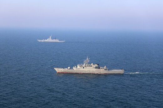 اولین مرحله ماموریت ناوهای ایرانی و روسی انجام شد + عکس