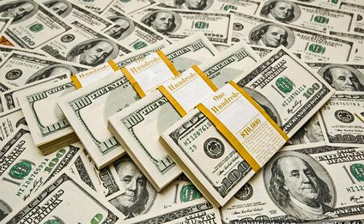 دلار از سد مقاومتی عقب نشست