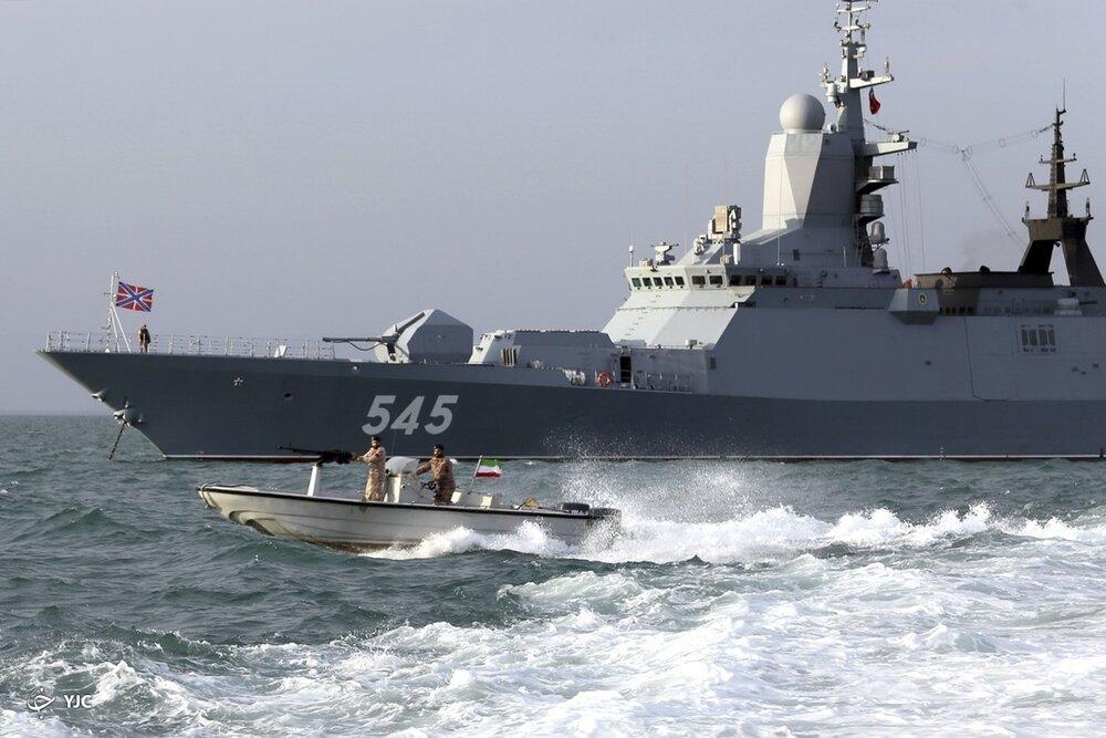 نیروی دریایی سپاه و ارتش، مقامات نظامی روسیه را توجیه کردند /کدام عملیاتها در رزمایش مرکب دریایی ایران و روسیه انجام شد؟