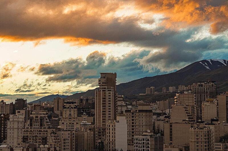 5532846 - ببینید | تصاویر خارق العاده ای از آسمان تهران پس از باران امروز
