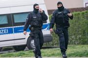 ببینید | حمله باورنکردنی به خودرو حامل پول در آلمان
