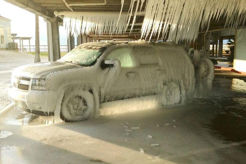5532920 - ببینید | هنر بر جا مانده از طوفان در تگزاس