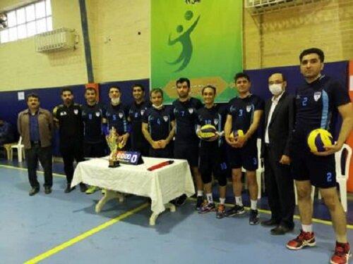 قهرمانی تیم والیبال کارکنان سازمان آب و برق خوزستان