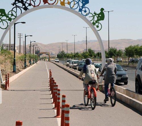 جاده سلامت قزوین ساماندهی شود