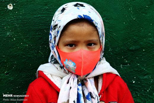 چهره کودکان پشت ماسک
