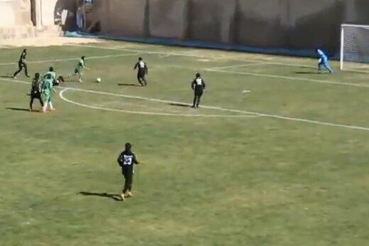 ببینید | گل زیبای ستاره ۲۰ ساله فوتبال زنان در لیگ فوتبال بانوان