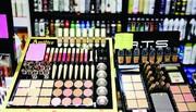رشد ۱۵ درصدی عوارض گمرکی و سود بازرگانی واردات لوازم آرایشی
