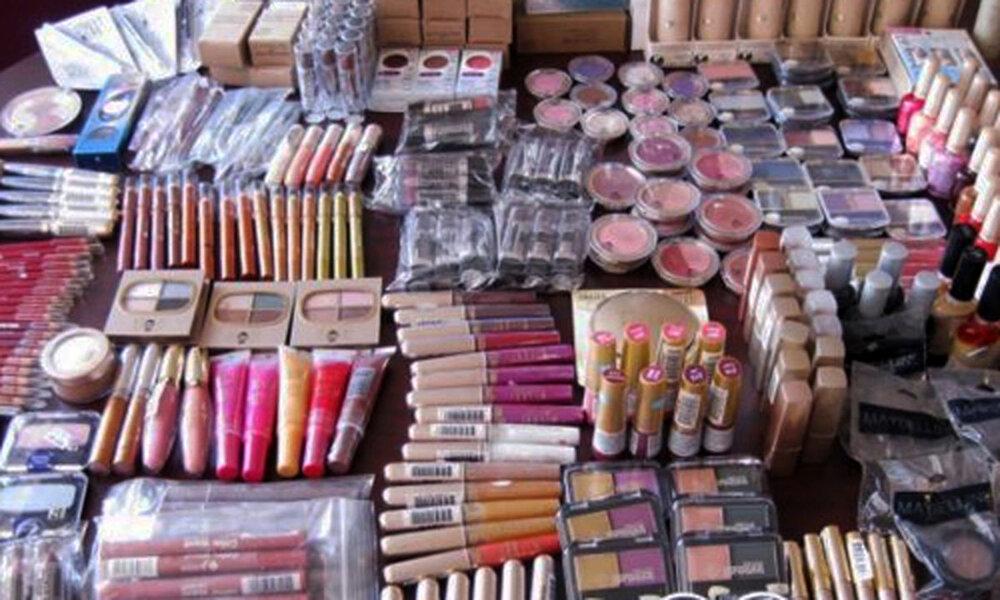 بازداشت مدیر شرکت آمریکایی که به ایرانیها لوازم آرایش میفروخت