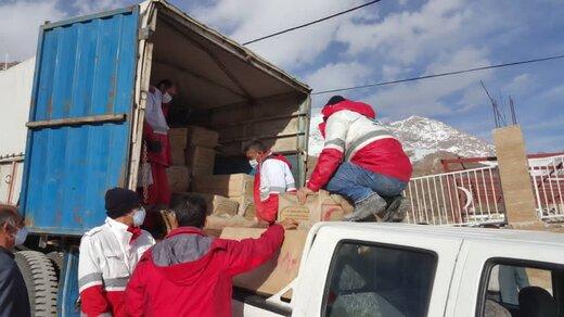 ارسال پنجمین محموله امدادی از جمعیت هلال احمر فارس به منطقه زلزله زده سی سخت