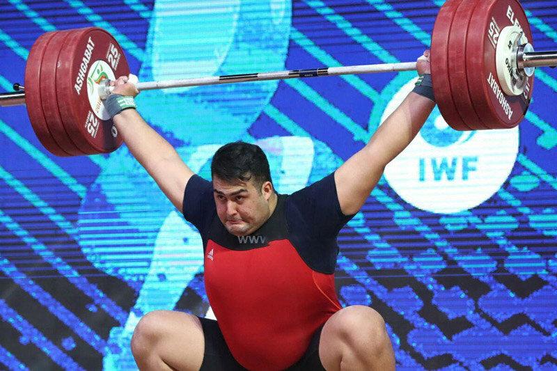 گفت و گو با ورزشکاری که روزی 10 تن وزنه میزند!