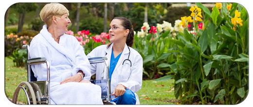 مزیت جذب پرستار سالمند از شرکت های پرستاری در منزل