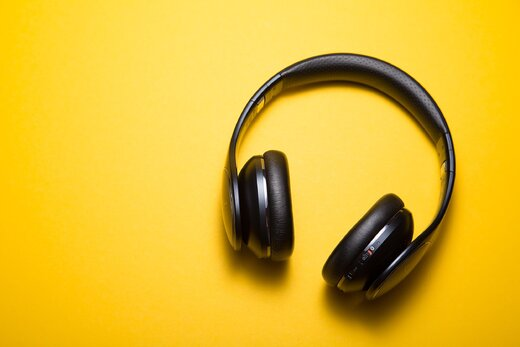 Is it possible to learn to speak a language just by listening to it?