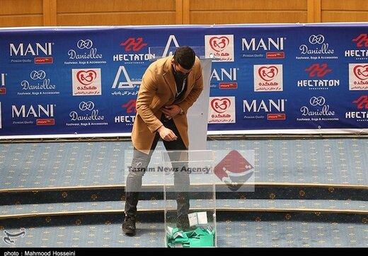 واکنش نامزد ریاست فدراسیون فوتبال به رای جنجالی حاج صفی