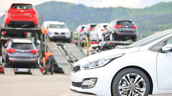 خودروهای وارداتی ارزان شدند