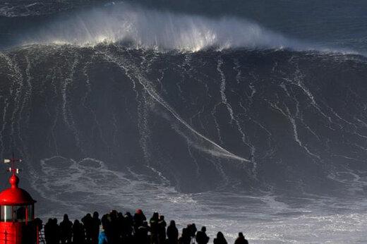 باد شدید و امواج ۳ متری در خلیج فارس