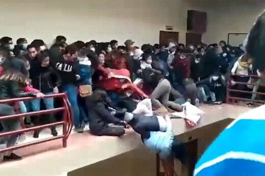 ببینید | لحظه سقوط مرگبار ۵ دانشجو از ساختمان دانشگاه آلتو بولیوی