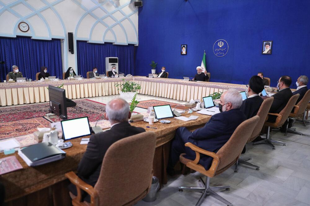تصویب لایحه نظام رتبهبندی حرفهای معلمان /موافقت دولت با آئین نامه نظارت بر سالنهای نمایش فیلم