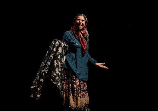 نمایش «ایوب خان» این روزها در تالار چهارسو تئاتر شهر روی صحنه است