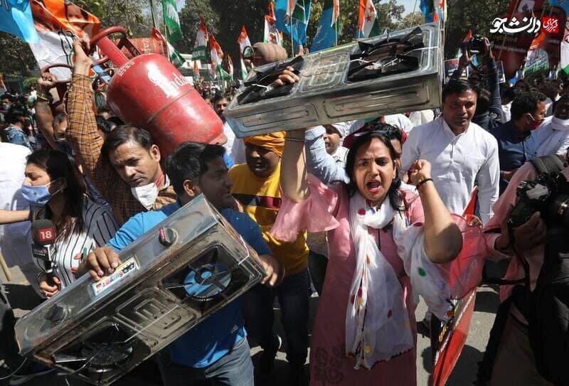 عکس   تظاهرات متفاوت هندیها علیه افزایش قیمت گاز