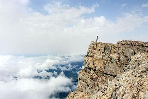ببینید | تصاویری دیدنی از طبیعت رویایی قله درفک استان گیلان