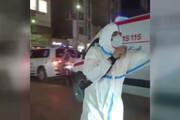 ببینید | نمایش خیابانی هنرمند آبادانی در لباس کادر درمان