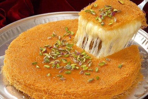 ببینید | نحوه درست کردن دسر سنتی «کنافه» در فلسطین