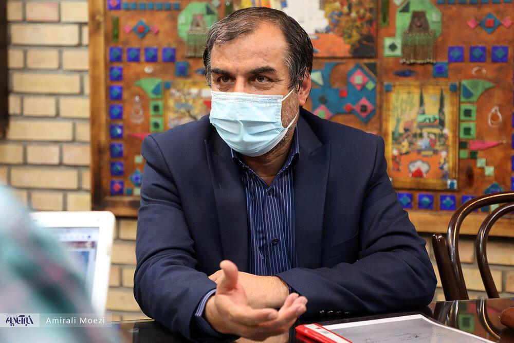 راه فراری از زلزله تهران نیست/ شاهزاده نیستیم که زودتر از مردم واکسن بزنیم