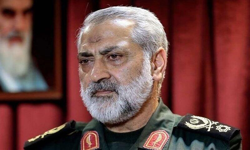 تاسف مقام بلندپایه نیروهای مسلح از رفتار سرباز سیلی زننده به سرباز /در شأن جمهوری اسلامی نیست که بازپرس قلدری کند