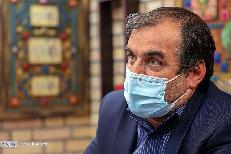 ببینید | دبیر کل هلال احمر: بخاطر زلزله ۱۲ سال است که خارج از تهران زندگی میکنم
