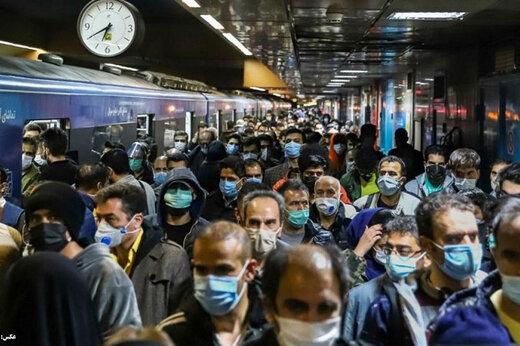 دو مغازه در ایستگاه مترو قیطریه آتش گرفت