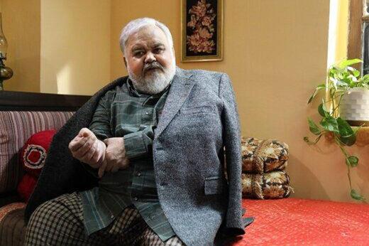 ماجرای کرونا گرفتن اکبر عبدی از زبان تهیهکننده «روزهای آبی»