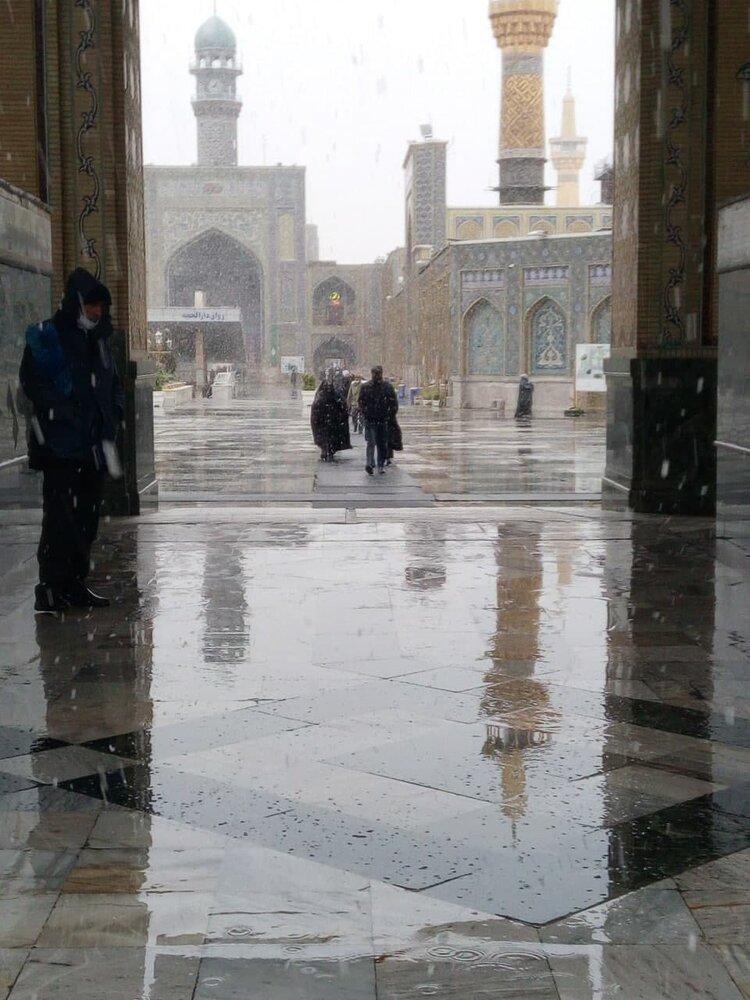 عکس | سفیدپوش شدن حرم امام رضا (ع) در آستانه سال نو