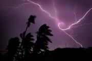 ببینید | یک کشته 3 زخمی در عجیب ترین رعد و برق در هند